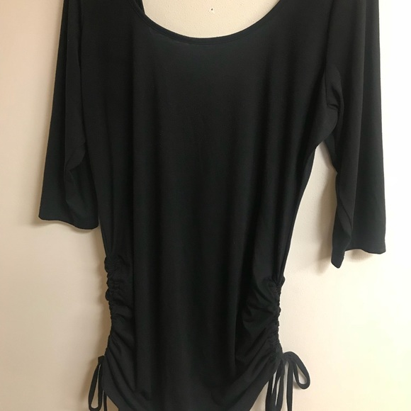 78c56480a41 NWT TORRID PLUS SIZE 3/4 sleeve open back top NWT